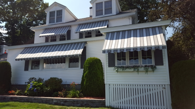 multipled window awnings
