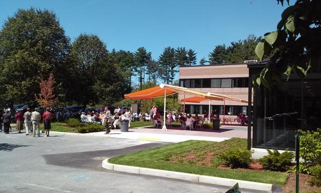commercial sunesta shadespot over patio area